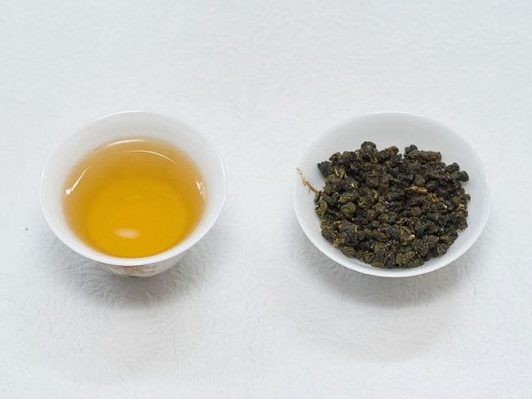 烏龍茶600茶湯
